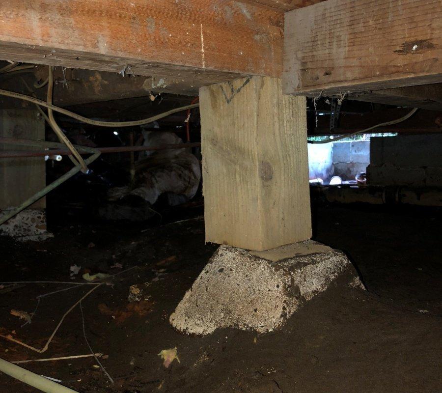 crawl space foundation damage